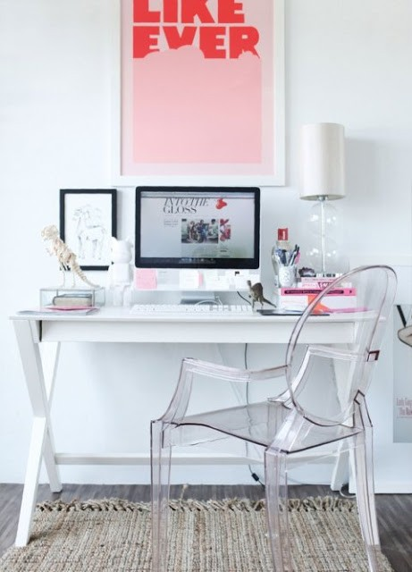 modern-white-pink-home-office-space-desk