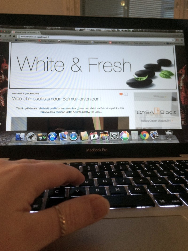 whiteandfresh6482.jpg